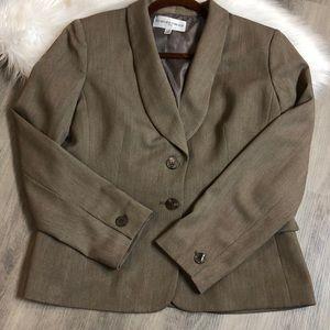 JONES NEW YORK light brown Two Button Blazer:SZ12P